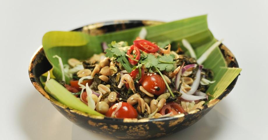 Бирманский салат Леппет Тхок с квашеным чаем