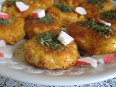 Картофельные котлетки с крабовыми палочками