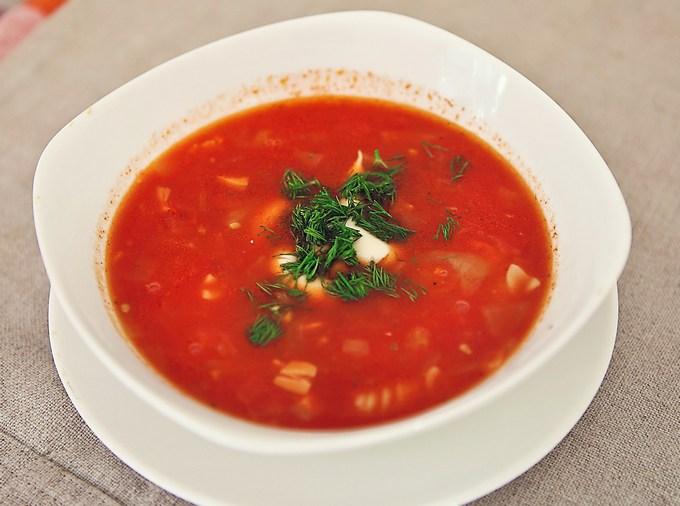 Томатный суп-пюре с фасолью и рисом
