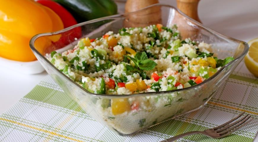 Салат из кус – куса с печеными овощами
