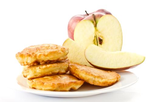 Овсяные оладьи с яблоком