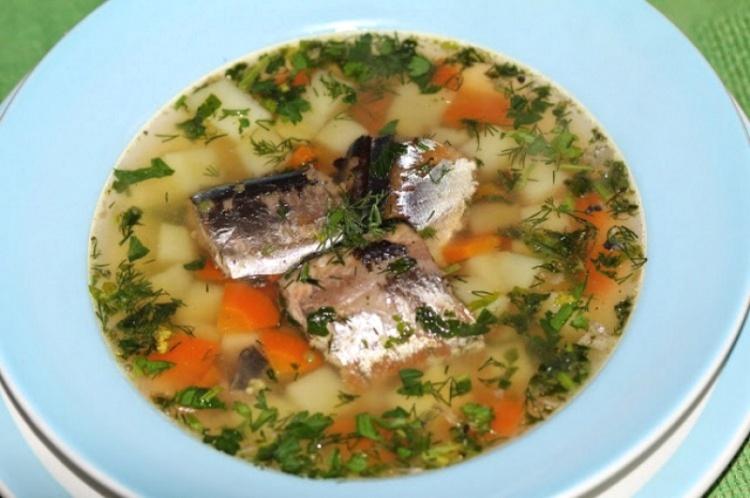 Суп из рыбных консервов горбуши