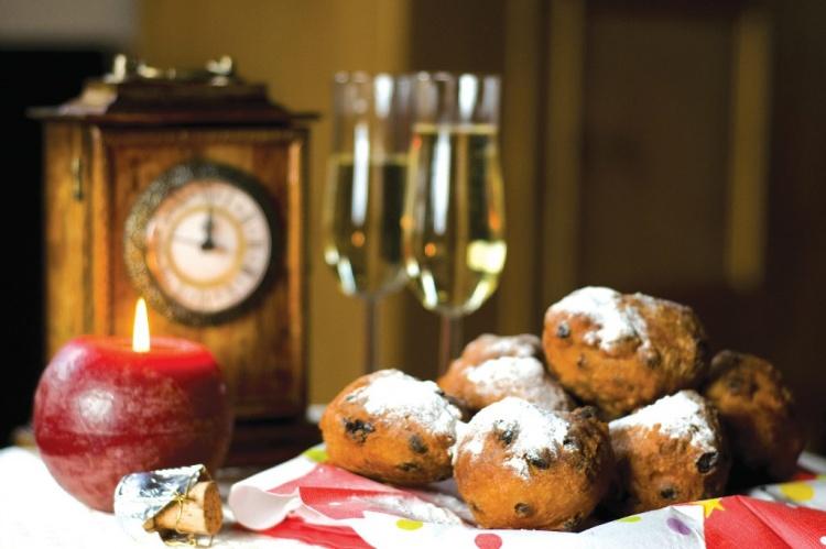 Пончики новогодние
