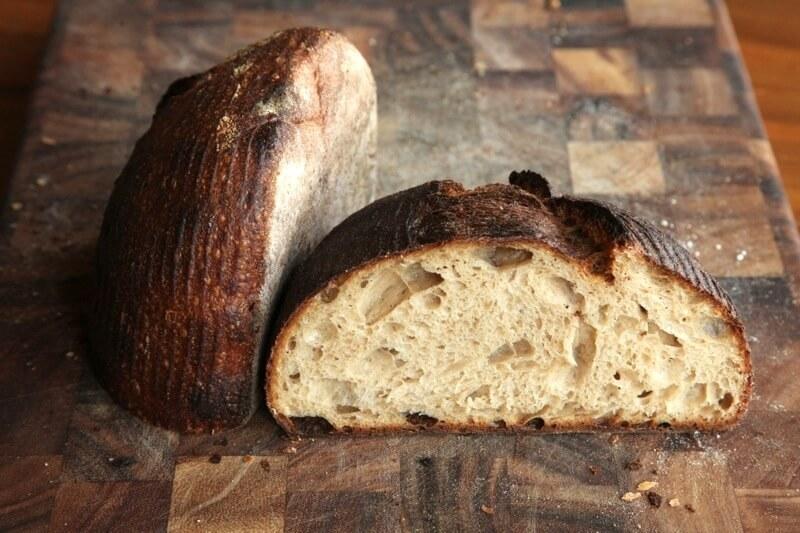 Если вам приснился хлеб, сонник поможет растолковать этот сон.