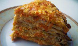 Кабачковый торт с овощами и сыром