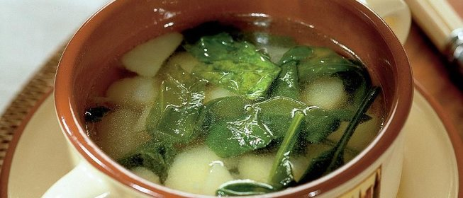 Рецепт дня: картофельный суп с черемшой