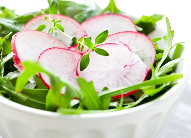 Постные блюда: салат из редиса с мятой