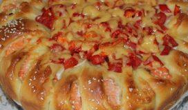 Пирог с семгой и овощами в духовке