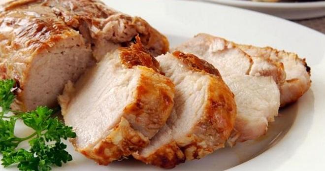Запеченная свинина — лучшие рецепты приготовления в духовке и мультиварке