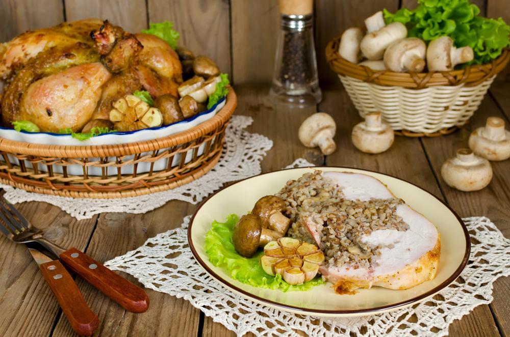 Курица с гречкой и грибами по-русски