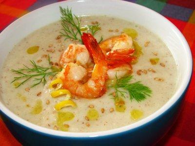 Суп с сыром и креветками