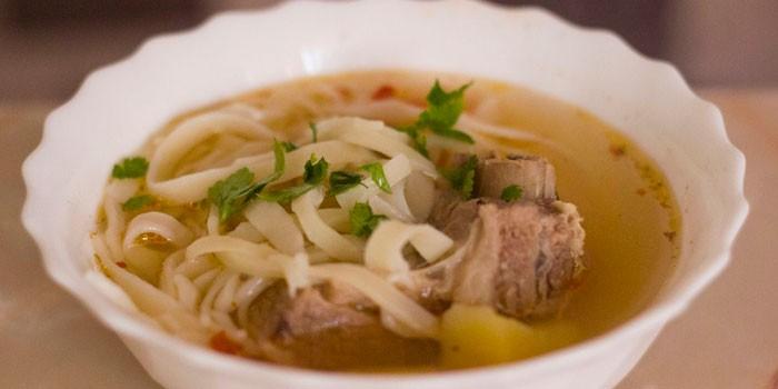 Суп из баранины с вермишелью в мультиварке