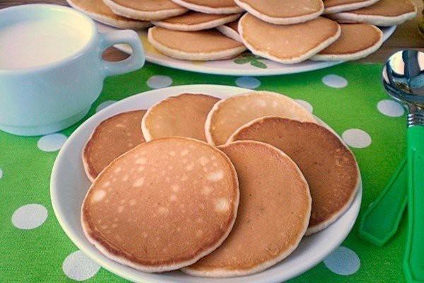 Панкейки на молоке к завтраку