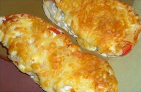 Курица, запеченная с болгарским перцем и помидорами