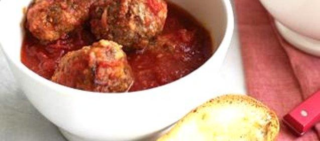 Говяжьи фрикадельки с томатным соусом