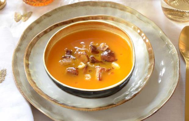 Тыквенный суп с гусиной печенью