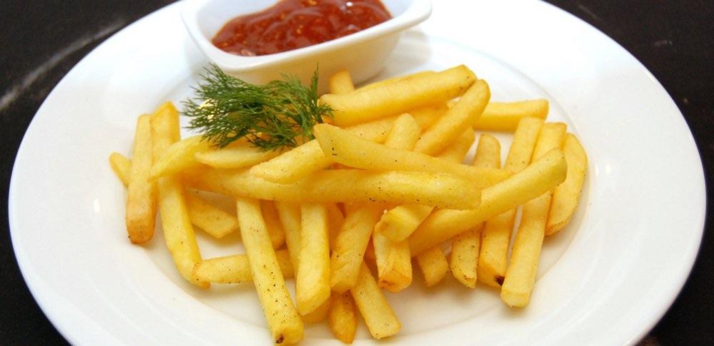 Французский рецепт картофеля фри с аппетитной котлетой