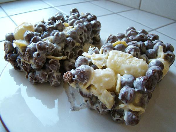Торт из шоколадных шариков