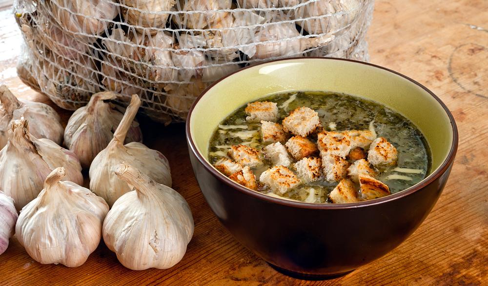 Чешский чесночный суп — лучшее средство от похмелья!