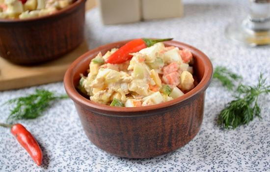 Салат с тунцом и морковкой
