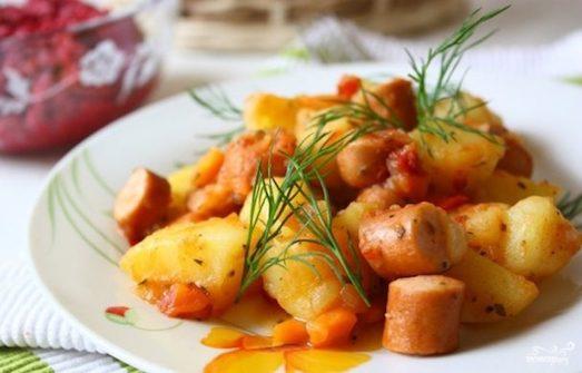 Тушеный картофель на обед