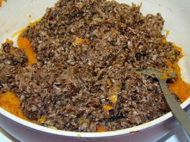 Грибная икра из опят с морковью