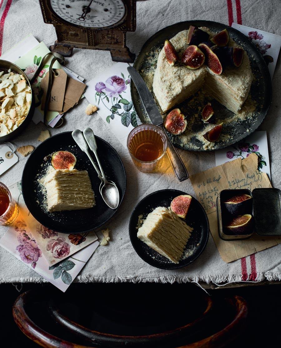 Торт «Наполеон»: как приготовить по классическому рецепту