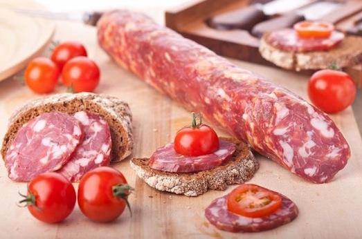 Секреты приготовления домашней сырокопченой колбасы