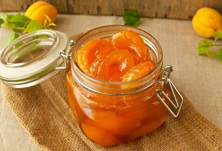 Как приготовить варенье из абрикосов