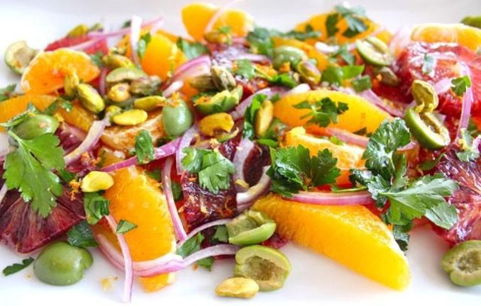 Мясной салат с фейхоа