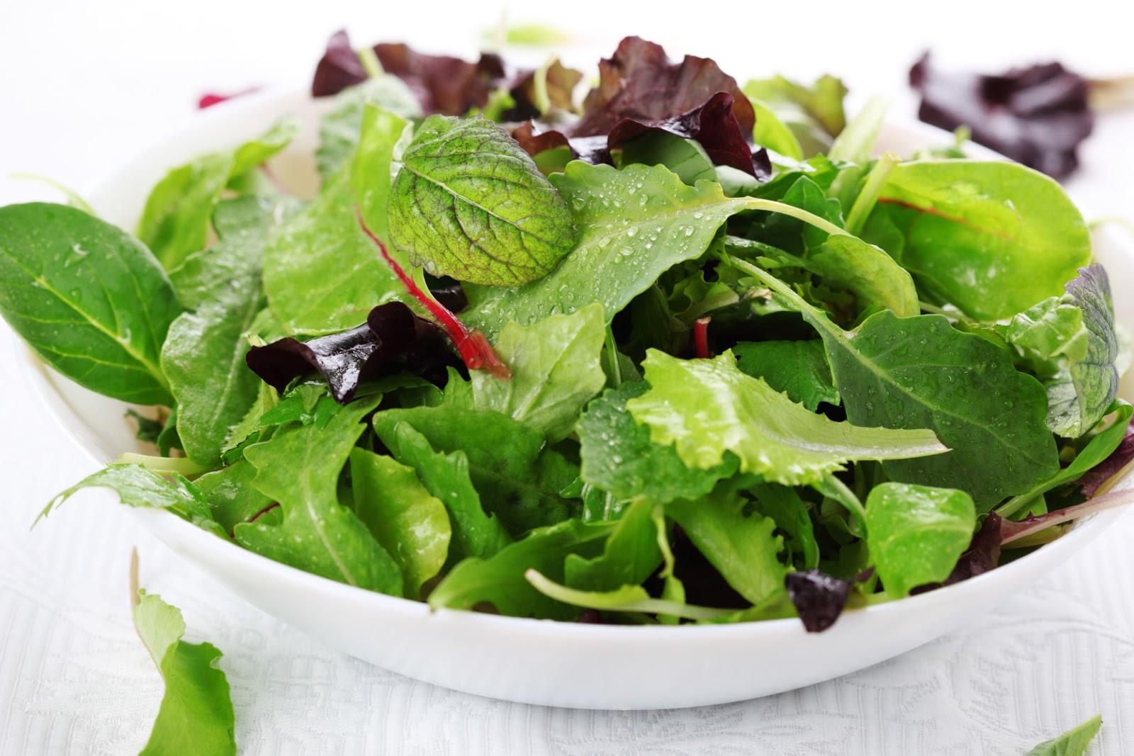 Салат из листьев мангольда