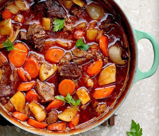 Нежное и ароматное мясо по-русски с картофелем