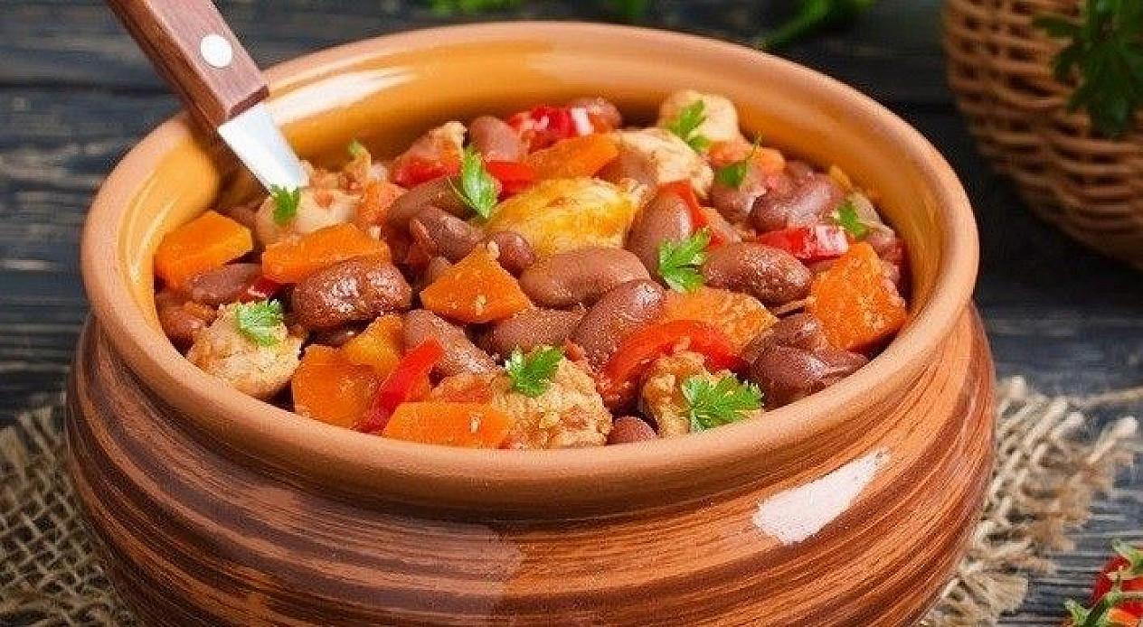 Куриное рагу с фасолью