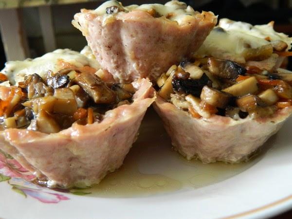 Мясные корзиночки с грибами