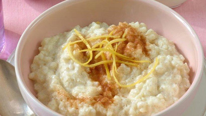 Арабская рисовая сладкая каша «омали»