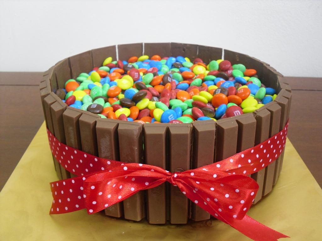 Торт из конфет кит кат