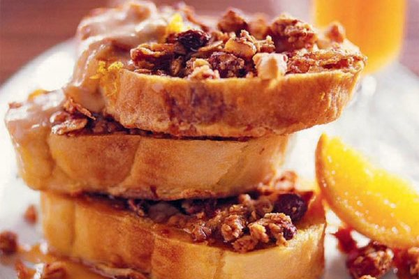 Французский тост с корицей на завтрак