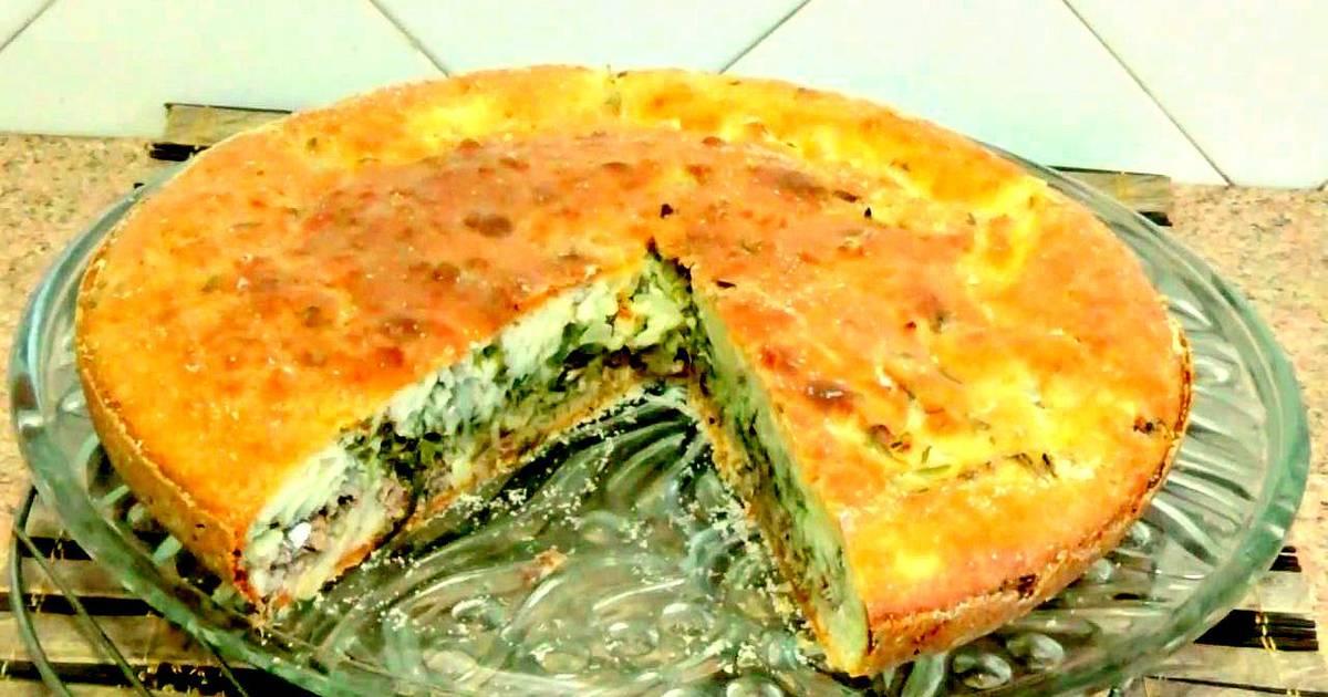 Простой и быстрый пирог с рыбными консервами за 5 минут
