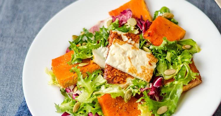 Салат из тыквы с фетой и рукколой