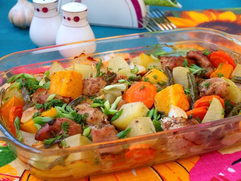 Индейка, запечённая с овощами
