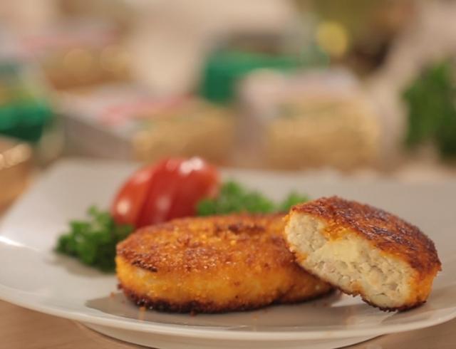 Как приготовить котлеты с сырной начинкой