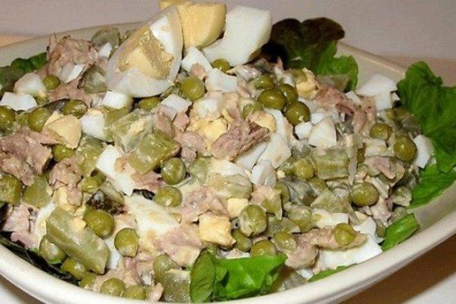 Салат «Азов» с тунцом и горошком