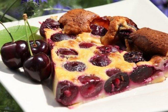 Французский вишневый «Клафути»