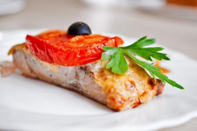 Рыба под сыром по-гречески