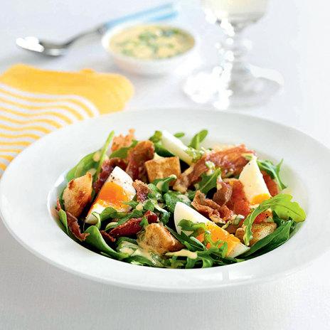 Флорентийский салат с яйцами и ветчиной