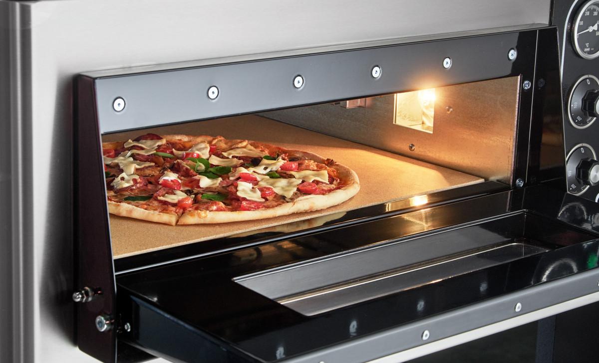 Печь для пиццы – необходимый атрибут для пиццерии