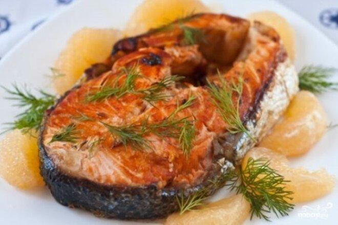 Стейк из лосося с грейпфрутом в мультиварке