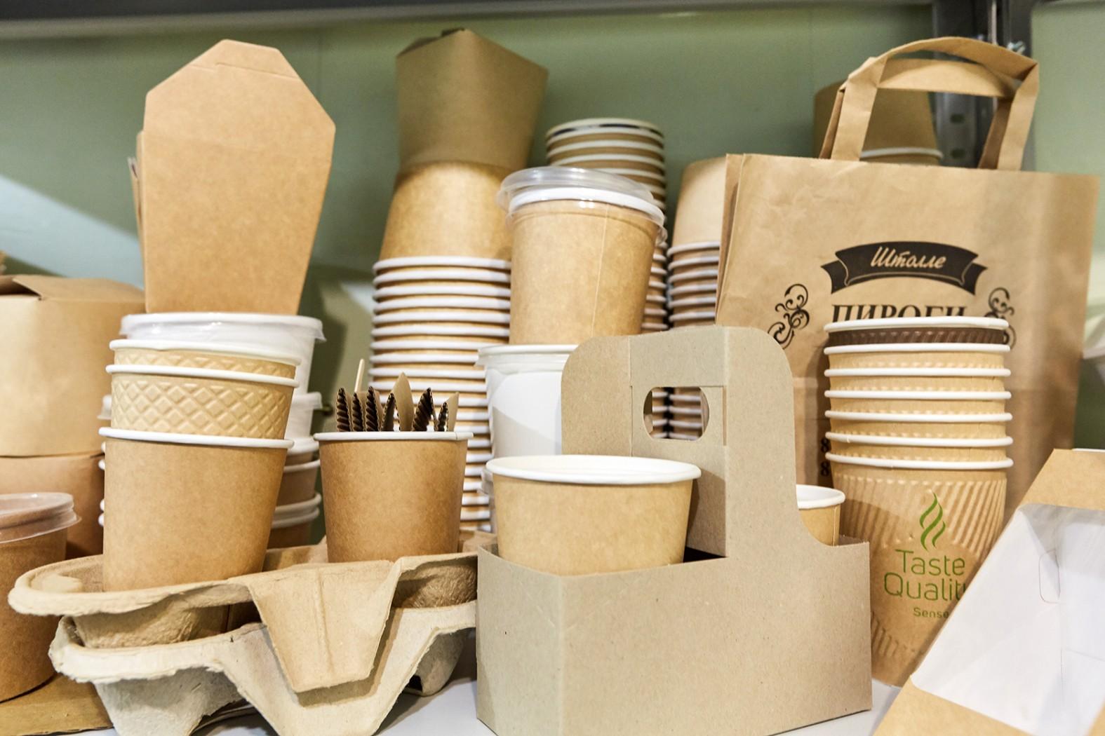Крафт-пакеты и стаканы – для горячий напитков, выпечки и других продуктов