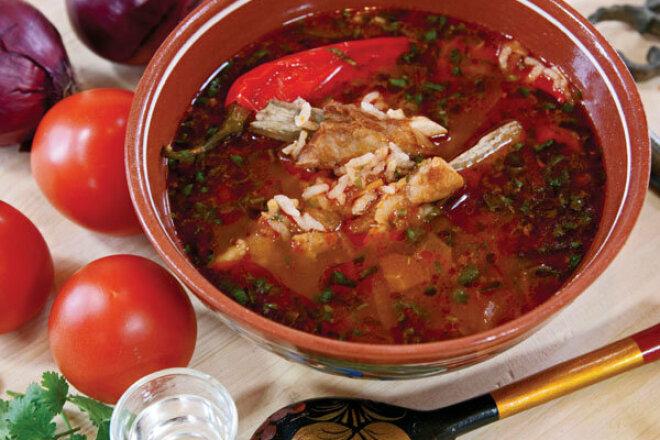 Суп харчо с помидорами и гранатовым соком в мультиварке
