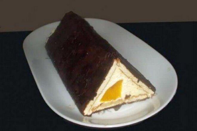 Торт «Шалаш любви» с персиками